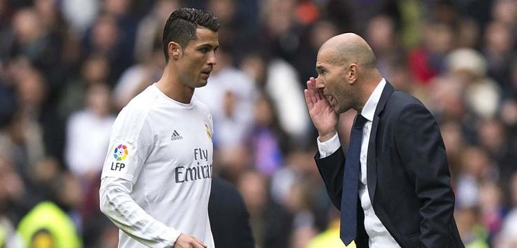 تقارير: صفقات ريال مدريد متوقفة على رونالدو