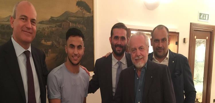 نابولي يعزز صفوفه بضم الفرنسي-الجزائري آدم أوناس
