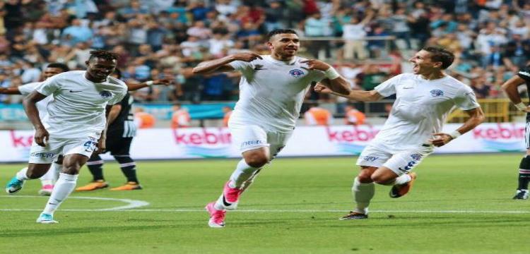 تريزيجيه أفضل لاعب للمرة الثانية على التوالي مع قاسم باشا