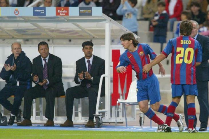 في مثل هذا اليوم.. قبل 14 عام .. ميسي يخوض أول مبارياته مع برشلونة