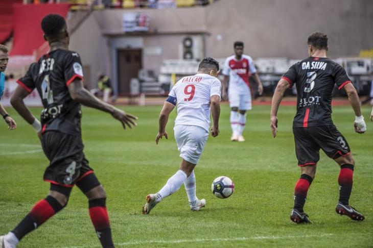 موناكو يواصل الانهيار في الدوري الفرنسي