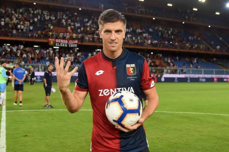 مهاجم جنوى يُعادل رقم باتيستوتا التاريخي في الدوري الإيطالي