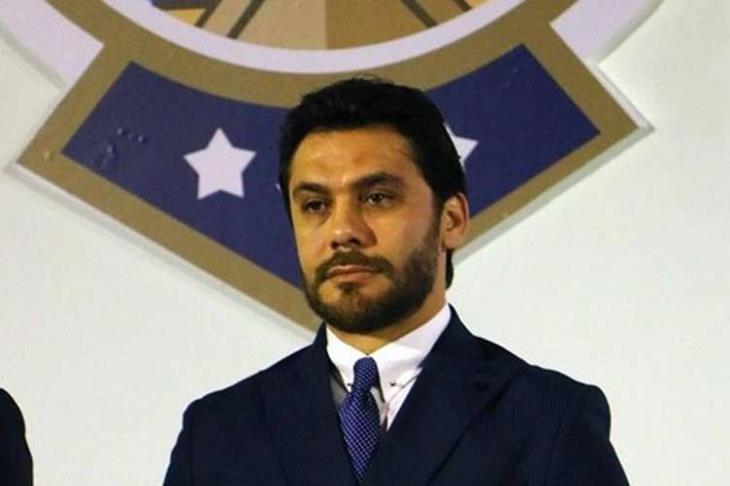 """أحمد حسن يوجه 3 أسئلة ويهاجم شوبير بسبب تصريحات """"إلغاء الدوري"""""""