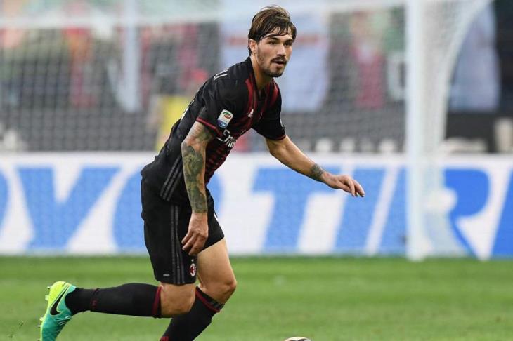 إصابة رومانيولي مدافع المنتخب الإيطالي قبل مباراة البرتغال