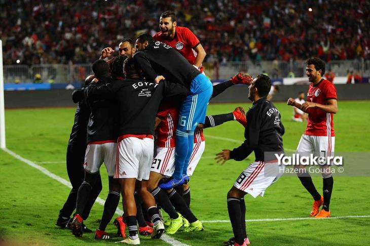 ملف الجمعة.. مصر تصطاد النسور.. بكاء من أجل صلاح.. وتعديل جدول مباريات الأهلي