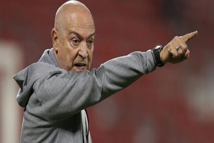 فيريرا: توقعت فوز عبد الكريم بجائزة أفضل لاعب في أسيا