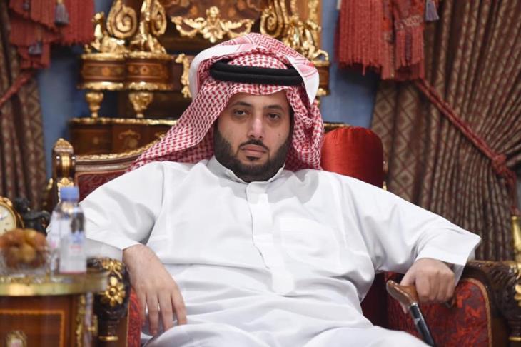 تركي آل الشيخ يُطالب رئيس الهلال وبيراميدز تأجيل مباراتهما