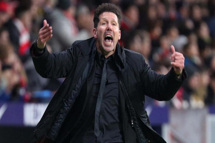 أتلتيكو مدريد يمدد التعاقد مع سيميوني حتى عام 2022