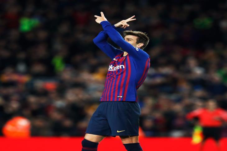 ساخرًا من شكاوى ريال مدريد ضد الحكام.. بيكيه: اعتادوا على ذلك في القدم والسلة