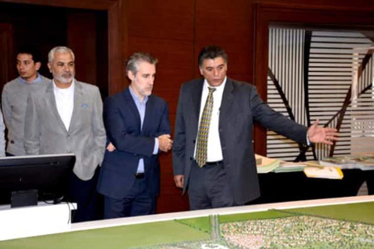 الاتحاد الدولي للاسكواش يرحب بإقامة البطولات الدولية بنادي مدينتي