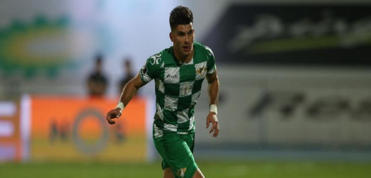 """زيزو يوضح لـ """"يلا كورة"""" تفاصيل أزمته مع موريرنسي البرتغالي"""