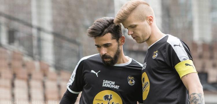 عبدالله السعيد يصل إلى فنلندا لخوض آخر مباراة مع كوبس