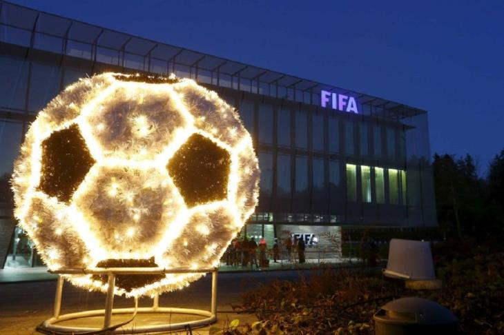 لا مكان للعنصرية في كرة القدم.. فيفا يصدر بيانا حول أحداث مواجهة بلغاريا وإنجلترا