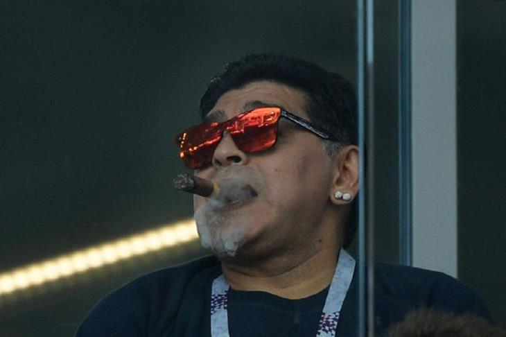 """حكم نهائي مونديال 90: مارادونا لاعب رائع.. وشخص """"حقير"""""""