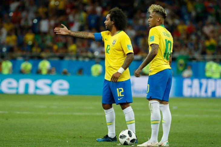 الصحافة البرازيلية محبطة بسبب التعادل أمام سويسرا وأداء الحكم