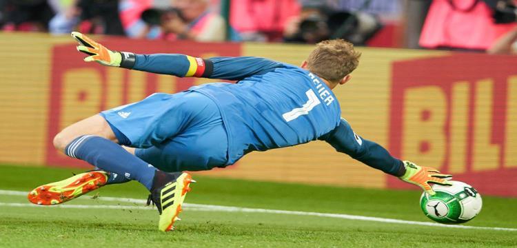 نوير يقود ألمانيا أمام إستونيا في تصفيات يورو 2020