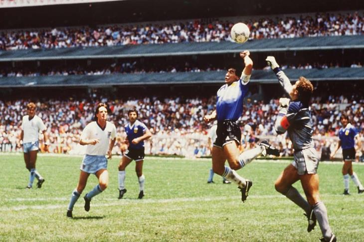 """في مثل هذا اليوم.. أثار مارادونا """"الجدل"""" وصنع المجد الأرجنتيني في المونديال"""