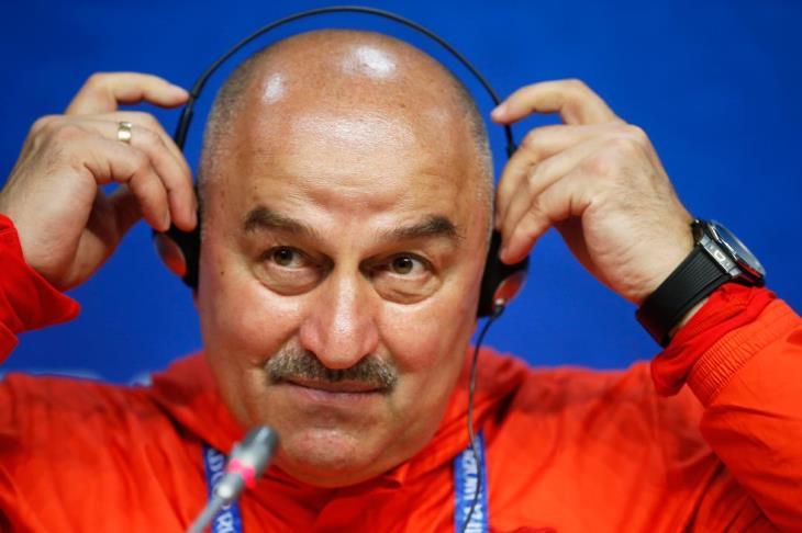 تشيريتشوف يمدد تعاقده مع المنتخب الروسي حتى 2020