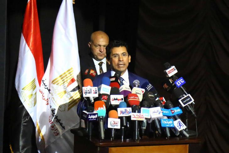 وزير الرياضة: تواصلت مع أبوريدة بشأن تنظيم أمم إفريقيا 2019.. نتشرف بالحدث