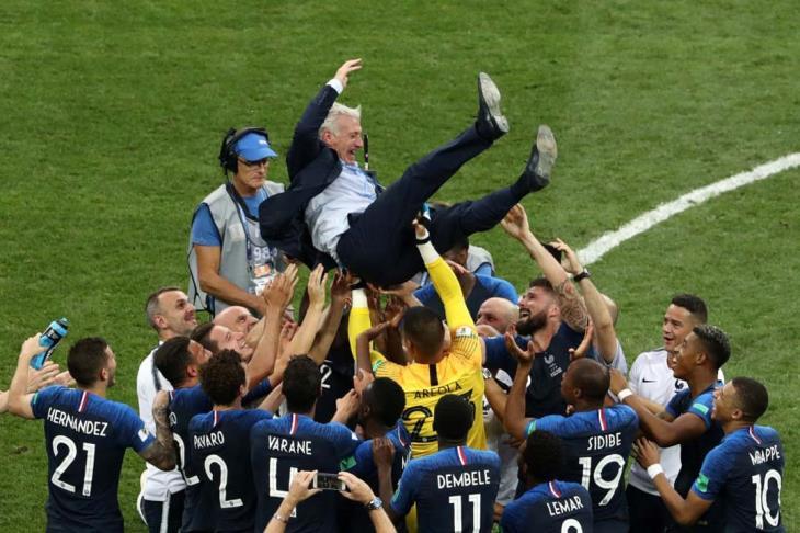تقرير.. فرنسا تكرر انجاز البرازيل.. وتعادل أوروجواي والأرجنتين