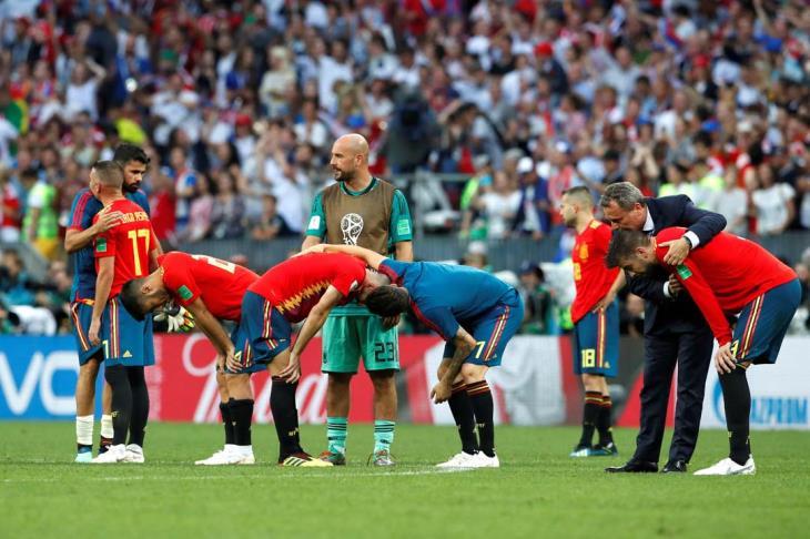 تقارير: رافائيل بينيتيز تلقى عرضا لتدريب منتخب إسبانيا عقب إقالة لوبيتيجي