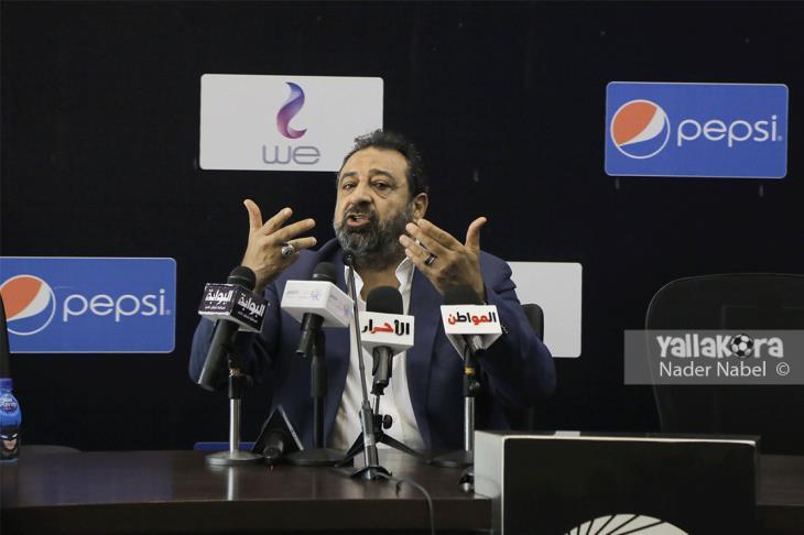"""بديل أزارو.. مجدي عبد الغني يختار """"ثنائية صلاح ومروان"""""""
