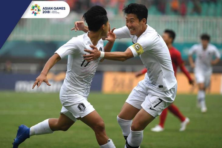 """رحلة لاعب توتنهام للإفلات من """"التجنيد"""" تكتمل بتتويج كوريا الجنوبية بذهبية الأسياد"""