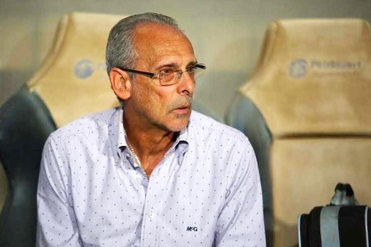 الإسماعيلي يقبل إستقالة فييرا.. والإتفاق مع مدرب أجنبي جديد