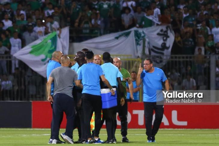 الجهاز الفني للمصري يهاجم حكم مباراة اتحاد العاصمة