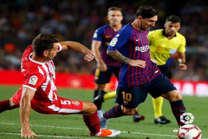 بالفيديو.. برشلونة يتعادل أمام جيرونا بـ10 لاعبين ويتقاسم صدارة الليجا مع الريال