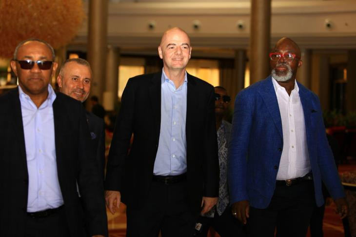 رئيس الكاف يطمئن الكاميرون ويستنكر ادعاءات سحب تنظيم بطولة أمم أفريقيا