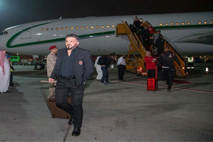 وصول ميلان إلى للسعودية للقاء يوفنتوس في كأس السوبر الإيطالي