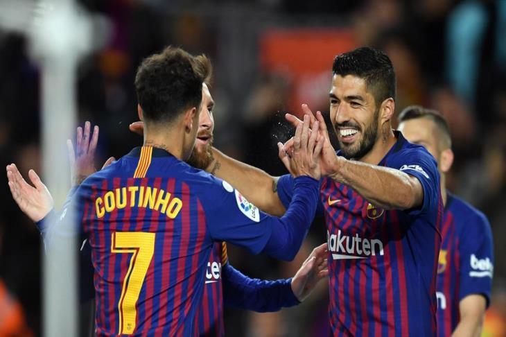 بالفيديو.. برشلونة يهزم إيبار بثلاثية ويوسع الفارق مع أتليتكو مدريد في سباق الصدارة