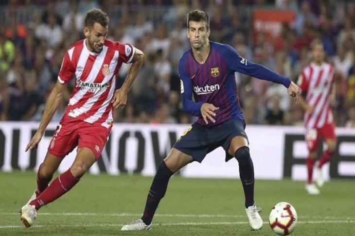 تقارير: مهاجم جيرونا يدخل حسابات برشلونة