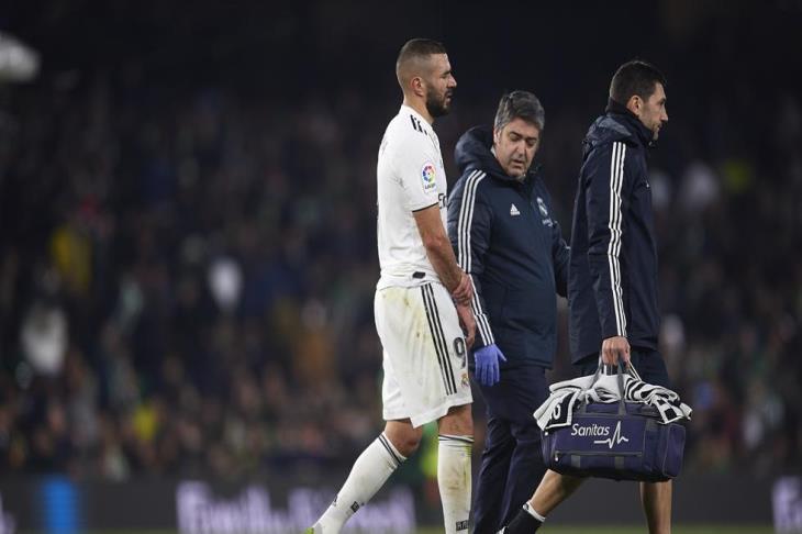 تقارير: بنزيما سيخضع لعملية جراحية ويغيب لمدة 3 أسابيع