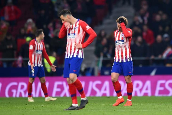 جيرونا يُقصي أتلتيكو مدريد من الكأس وسط جماهيره