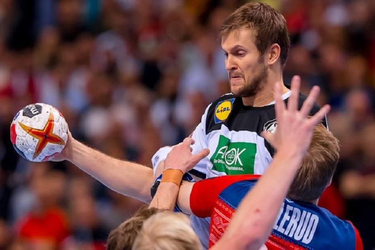 النرويج تطيح بألمانيا.. وتواجه الدنمارك في نهائي بطولة العالم لكرة اليد