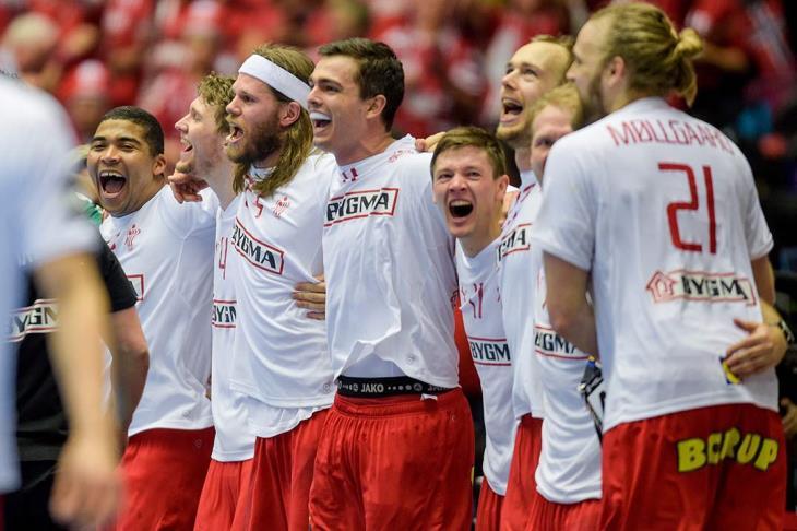 الحارس كل الفريق.. لاندين يمنح الدنمارك بطولة العالم لكرة اليد بعد اكتساح النرويج