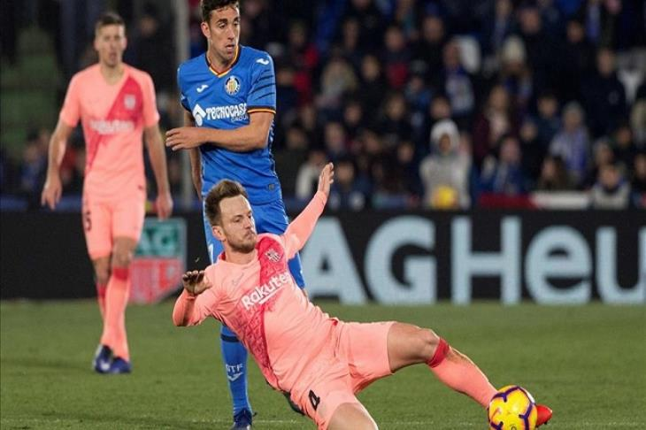 تقارير: إنتر ميلان يتوصل لاتفاق مع برشلونة لضم راكيتيتش