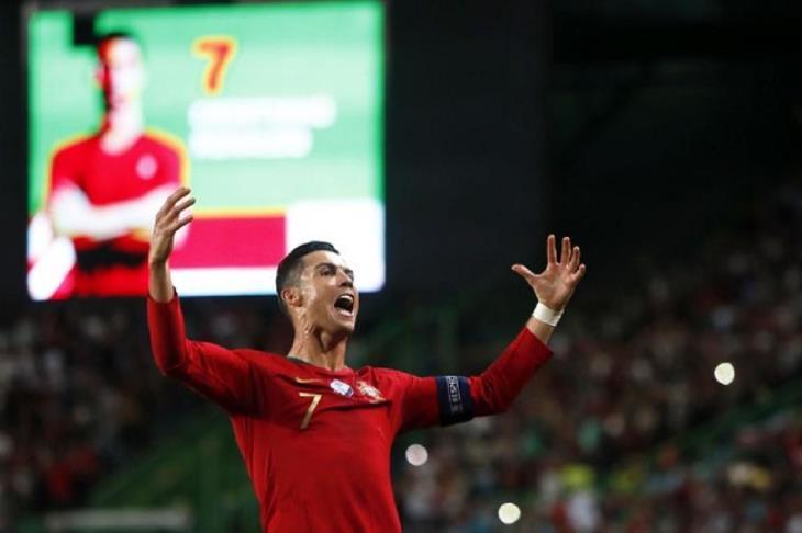 سبورتنج لشبونة يعتزم إطلاق إسم كريستيانو رونالدو على ملعبه
