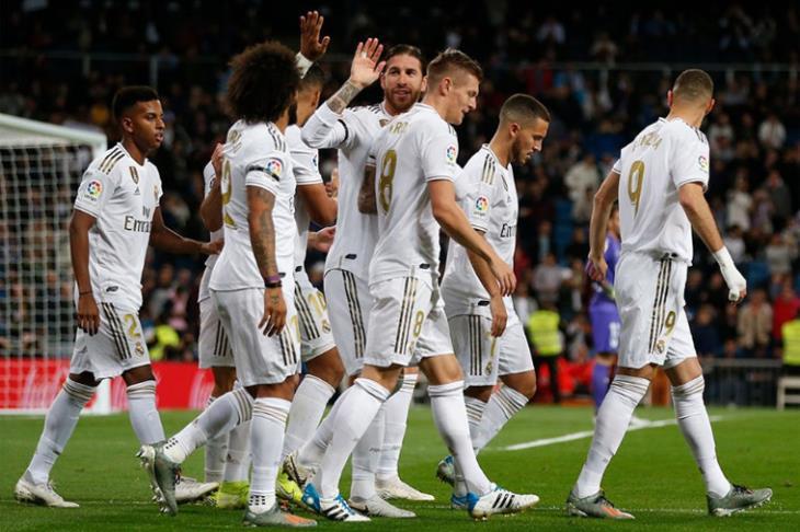 ريال مدريد يواصل الاستعدادات لمواجهة ألافيس بالليجا