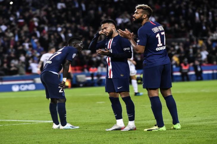 بالفيديو..باريس سان جيرمان يكتسح أنجيه برباعية نظيفة في الدوري الفرنسي