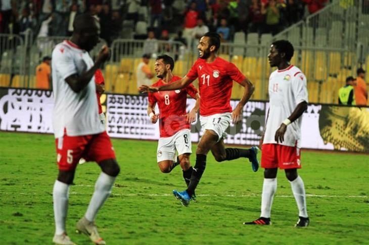 """بالفيديو.. """"الضغط"""" يمنح كهربا هدفًا مع المنتخب المصري"""