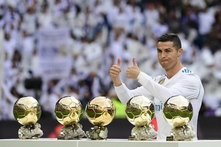 """كيلليني: ريال مدريد """"منع"""" رونالدو من الفوز بـ""""بالون دور"""""""