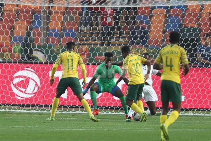 جنوب أفريقيا ترافق مصر وكوت ديفوار في طوكيو بفوز ماراثوني على غانا