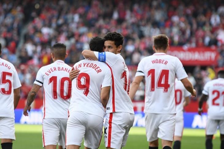 إشبيلية يسقط في فخ التعادل بملعبه مع سلافيا براج في الدوري الأوروبي