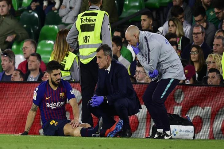 جاهز للأبطال.. برشلونة يعلن مدة غياب سواريز