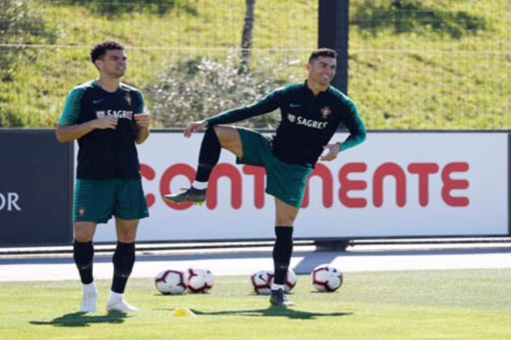 رونالدو يعود لتدريبات البرتغال للمرة الأولى منذ المونديال الروسي