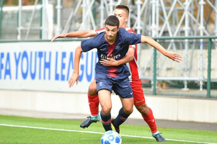 عمر ياسين لاعب باريس يختار تمثيل مصر عن فرنسا والجزائر