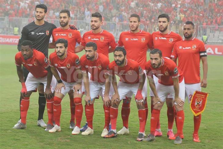 تشكيل الأهلي المتوقع.. مفاضلة بين أزارو وصلاح محسن أمام المصري